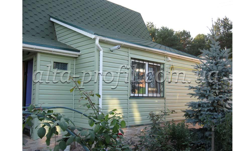 зелный дом из сайдинга, фото