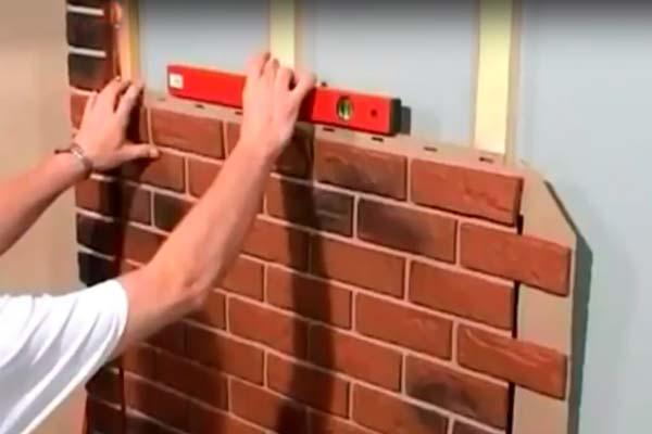 монтаж фасадных панелей под кирпич