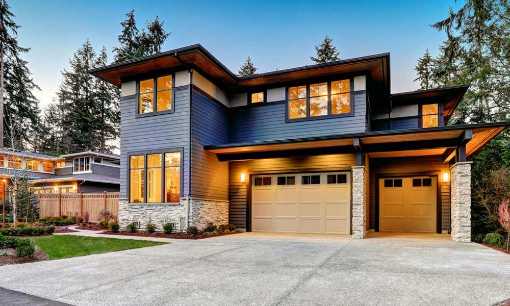 серый сайдинг на доме модерн, фото