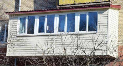 Поради относительно облицювання балкона сайдингом